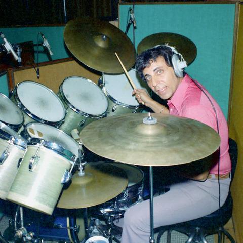 12-Hal-Blaine-Drummer.w1200.h1200.jpg